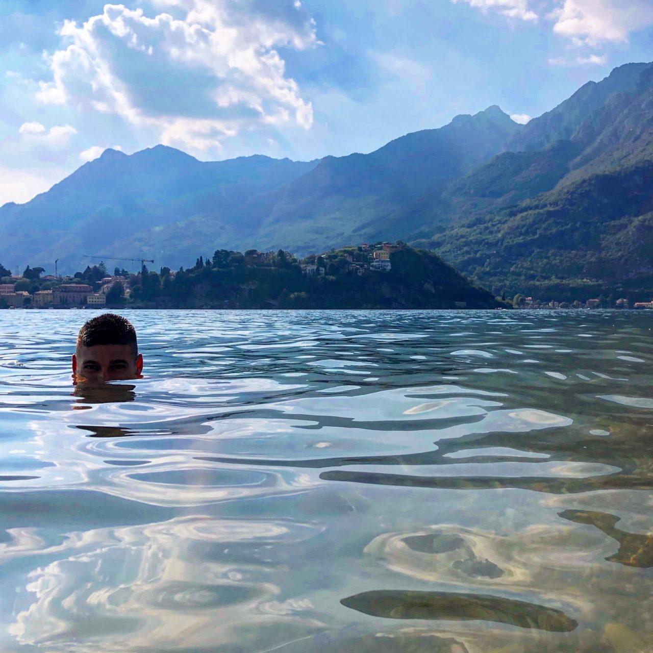 Fiorenza swims in Lake Como.