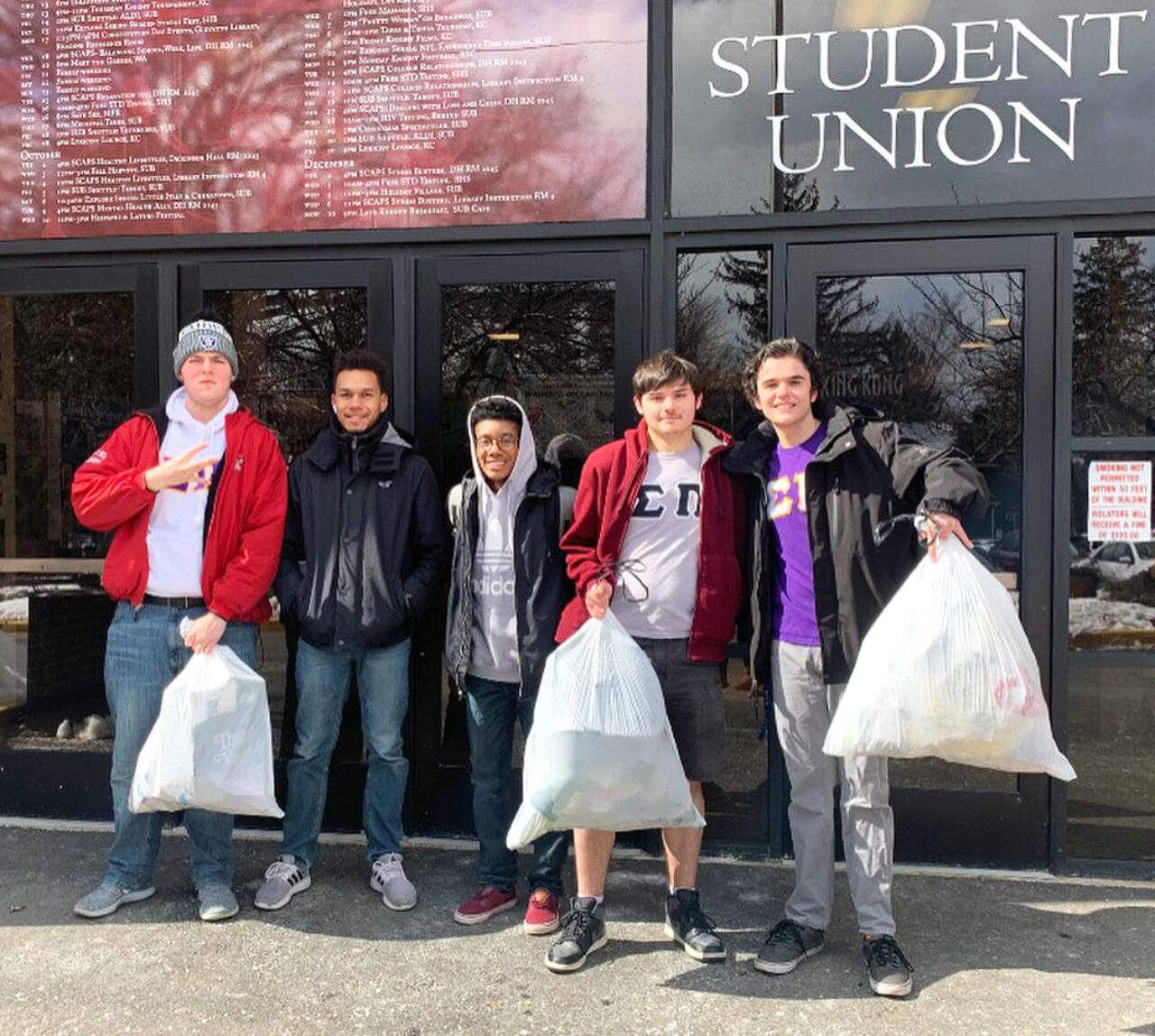Sigma Pi Fraternity (Florham) cleans the campus