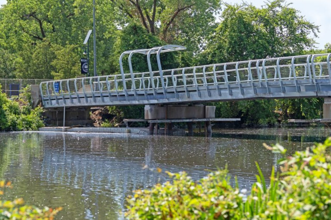 Footbridge at the Metropolitan Campuse