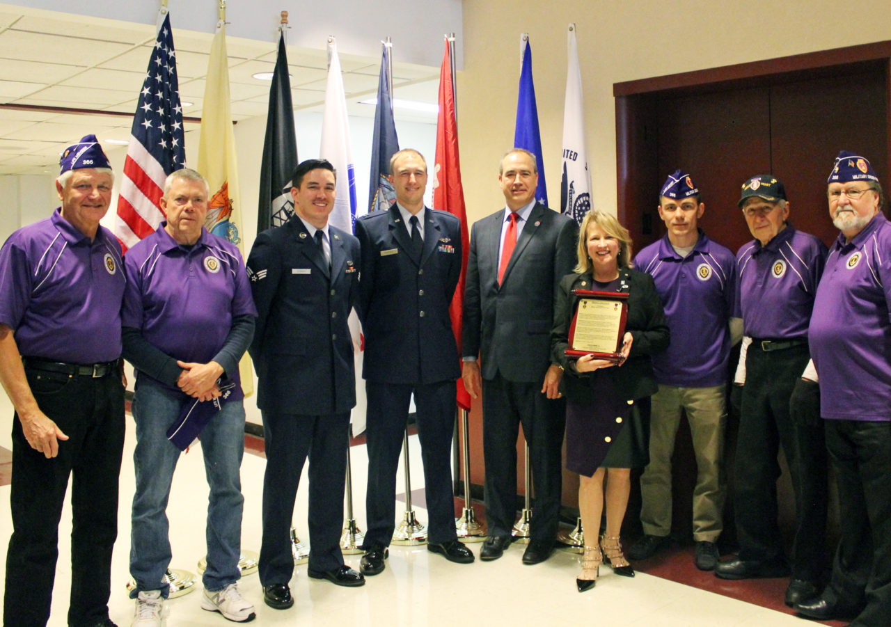 military officials and members of the New Jersey Military Order of the Purple Heart