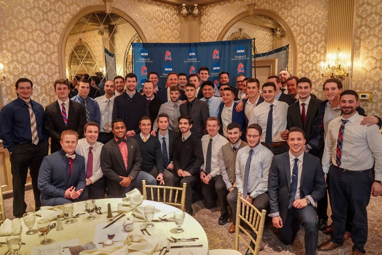 Al Leiter with the 2019 Devils baseball team.