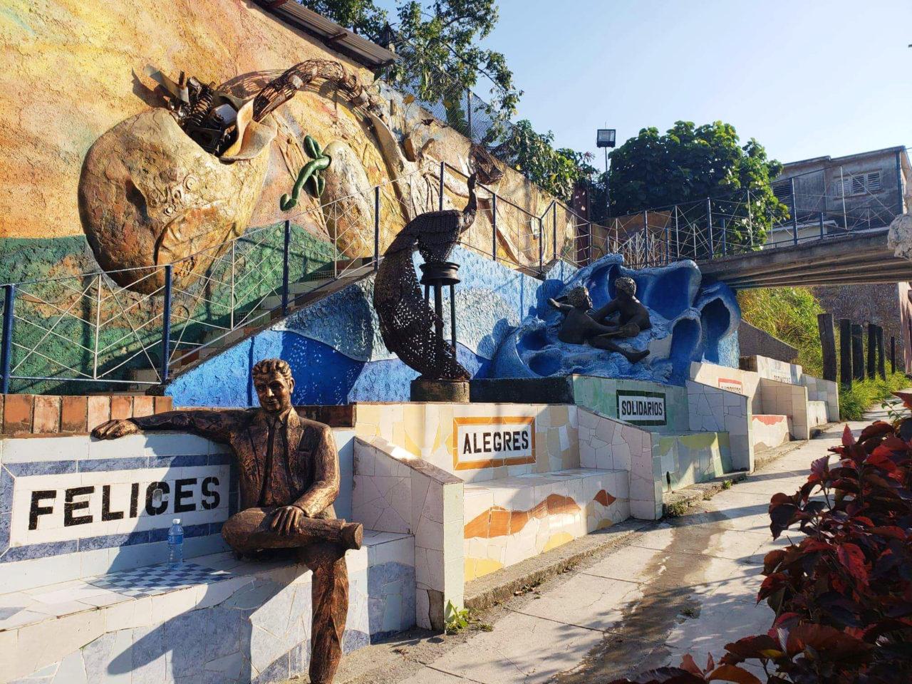 Muraleando art project in Havana.