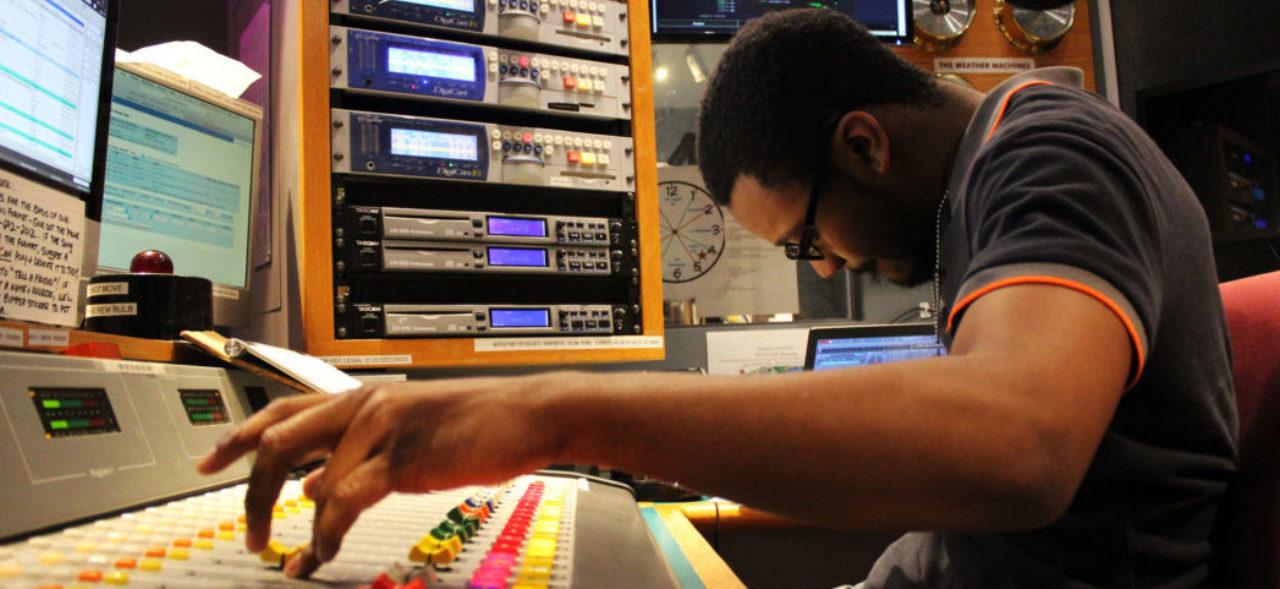 Moufatih Muhammad in the WFDU studio